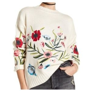 Romeo & Juliet Couture Embroidered Sweater M NWT
